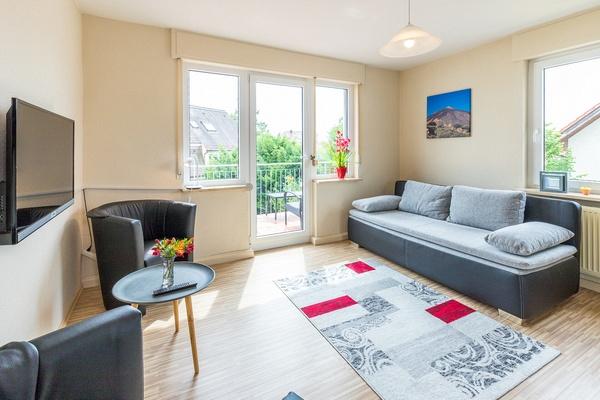 Ferienwohnung im OG: 1. Obergeschoss - Wohnzimmer. Haus Christine am Vogelsang, Ferienwohnungen in Lindau am Bodensee.